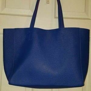Large Macy's Tote Blue with Pink Felt Interior